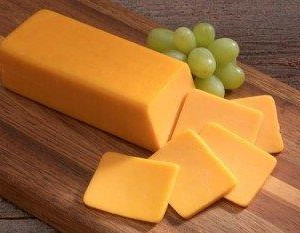 colored_cheddar_sliced_land