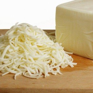shredded-mozzarella-cheese-696x435
